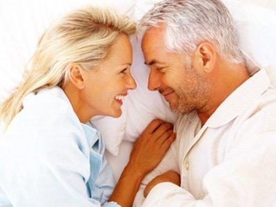 Sexo e envelhecimento, saiba como manter a saúde sexual.