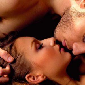 Jogos eróticos: como tirar o sexo da rotina com brincadeiras!