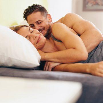 9 Fantasias sensuais que homens e mulheres adoram na cama
