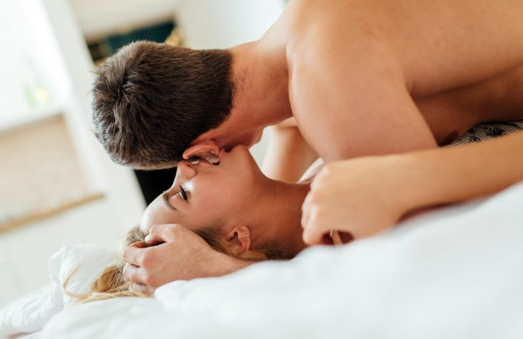 Frases Picantes para falar na hora do sexo   Miess Sex Shop