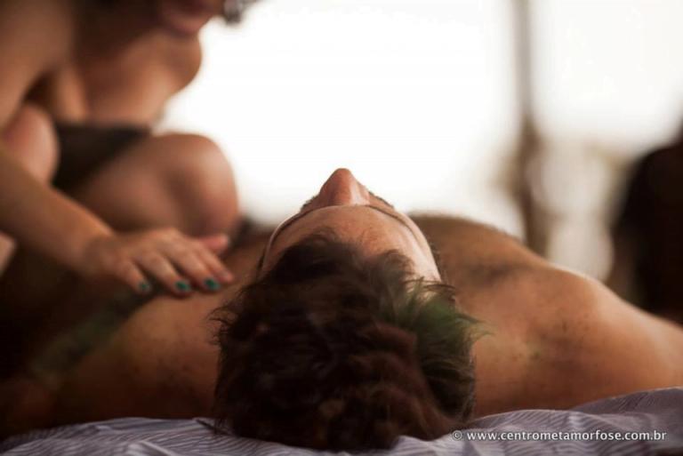Massagem Tântrica para esquentar a relação | Miess Sex Shop