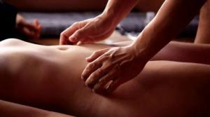 Conheça os efeitos e benefícios da massagem tântrica