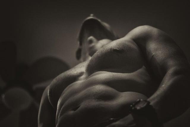 Fantasia erótica masculina: conheça os melhores modelos