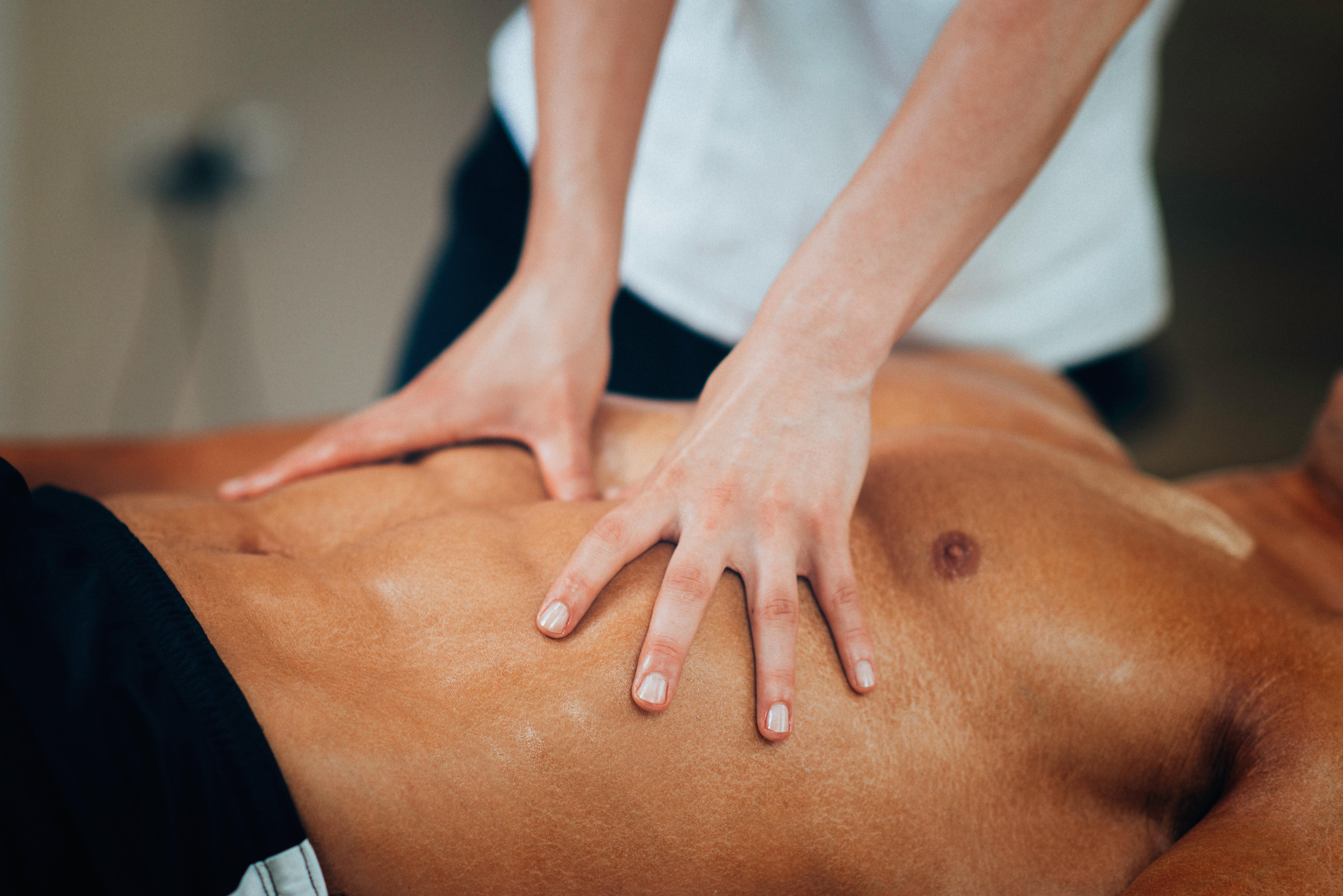 Como usar produtos eróticos e deixar sua massagem ainda mais deliciosa?
