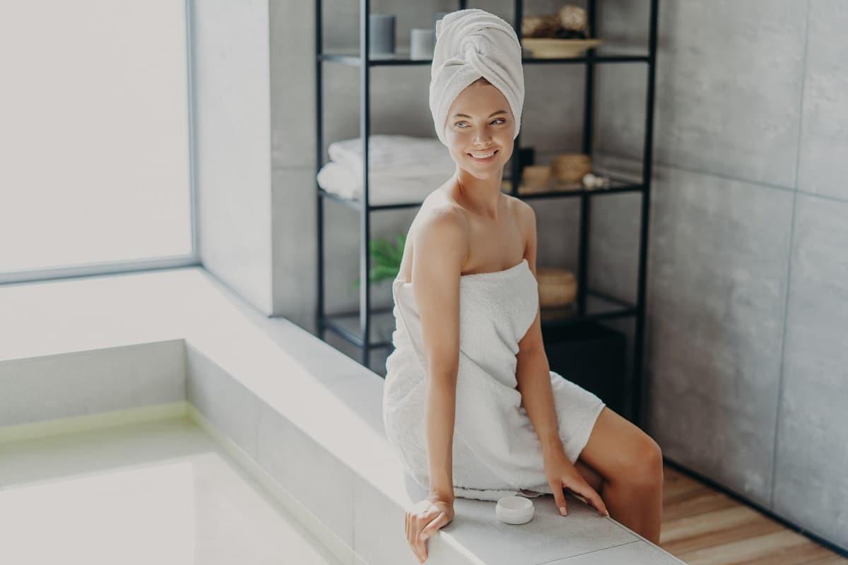 Desodorante íntimo: É seguro aplicar na vagina? Qual a forma de uso?
